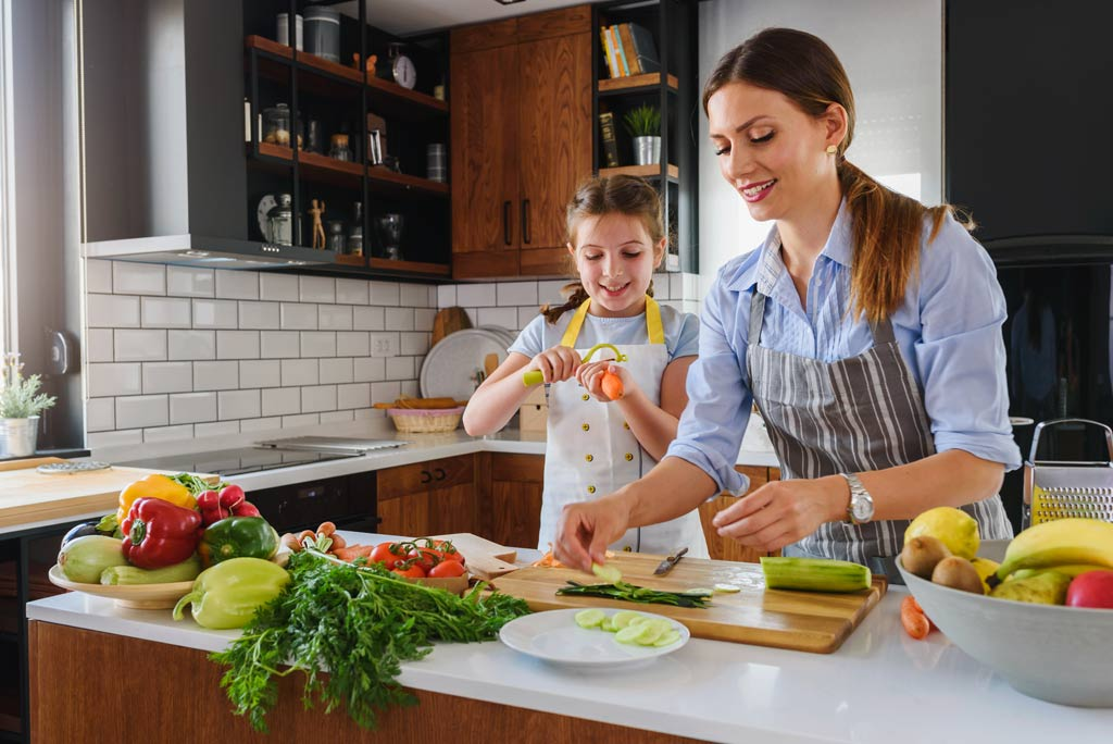 family_food_safety_illness
